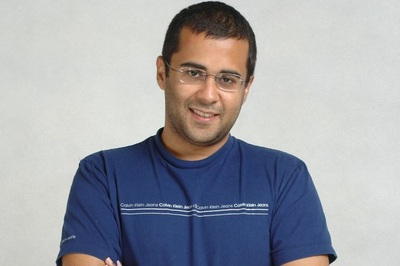 Chetan-Bhagat-Motivational-Speaker-Simply-Life-India-Speakers-Bureau