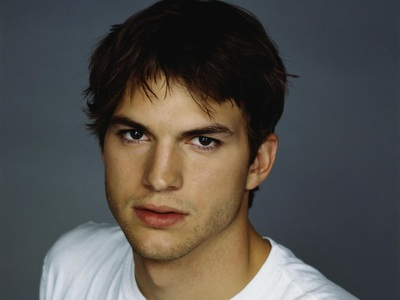 Ashton Kutcher Celebrity Speaker - Simply Life India Speakers Bureau