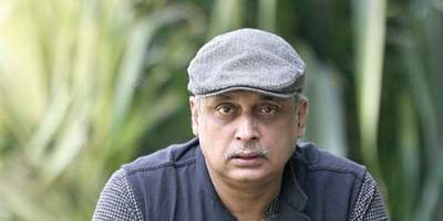 Piyush Mishra/Speaker/Simply Life India Speakers Bureau